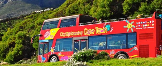 Hop on Hop off red sightseeing bus cape town