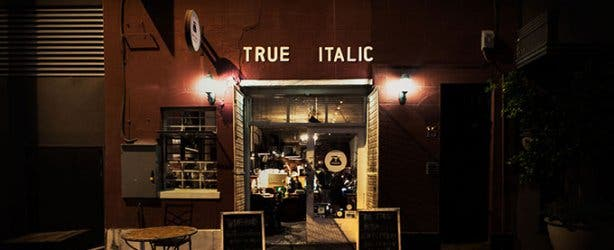 True Italic Entrance