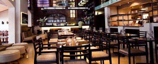 Mondiall Restaurant Interior