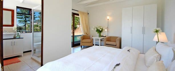 dreamhouse guesthouse white suite accommodation romantic hout bay couple weddding honeymoon luxury