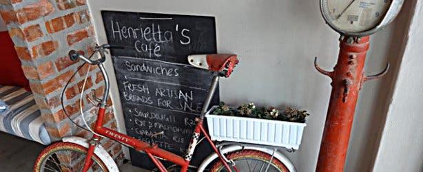 Design Walk Woodstock Make a wish Woodstock Foundry Design District Henriettas Café Bike