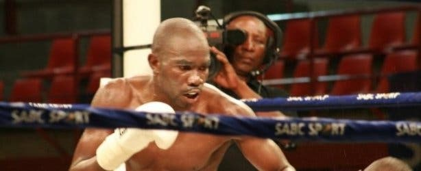 Cassius Baloyi fighting at The Armoury Boxing Club 2017