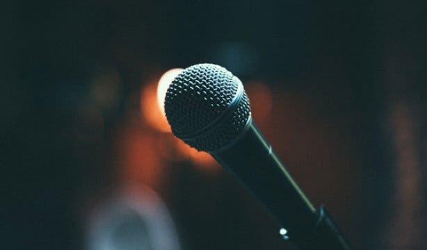 Cape Town Comedy Club Nik Rabinowitz Dry White 3