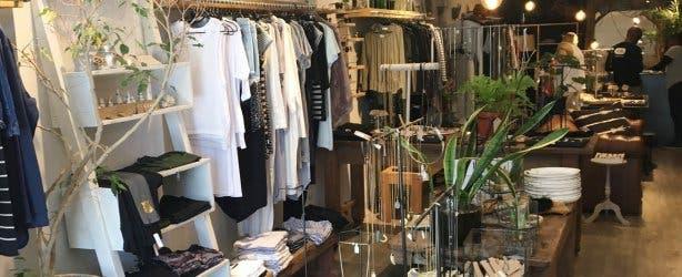 MASH, kleding, interieur