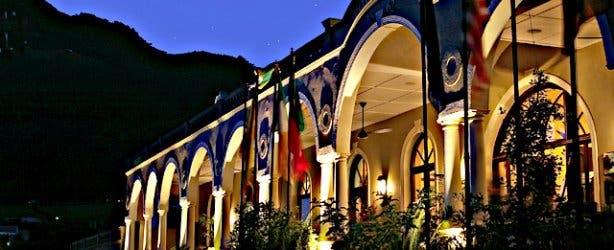 Royal Hotel Front Night
