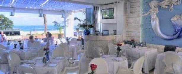 Bungalow Restaurant In Camps Bay