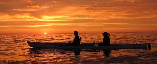 sea kayaking sunset 3