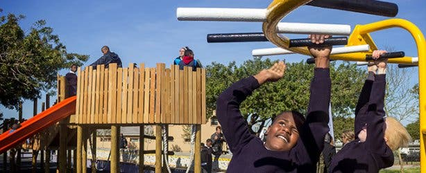 Blind-Friendly Outdoor Park Monkey Bar and Children