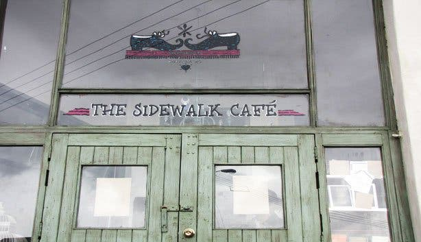Side Walk Cafe6