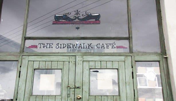 Side Walk Cafe6
