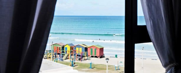 African Soul Surfer Backpackers Room View Muizenberg