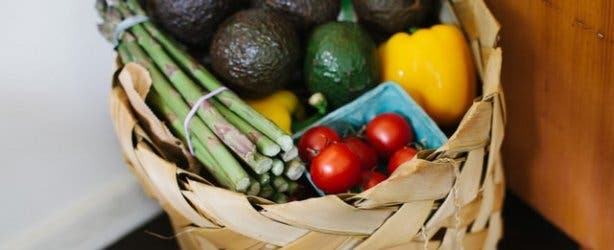 Grocery_deliveries_share_image_stock