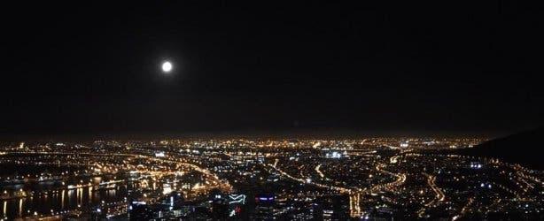 Fullmoon Kapstadt