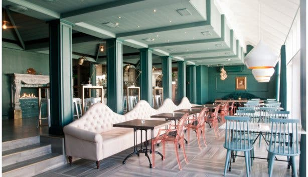 Strolla Restaurant and Bar in Sea Point