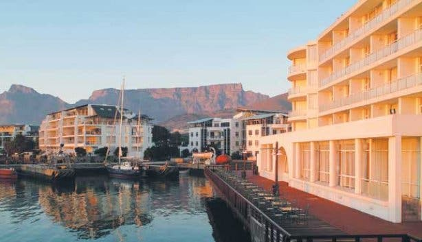 Radisson Blu Watefront Cape Town at sunset