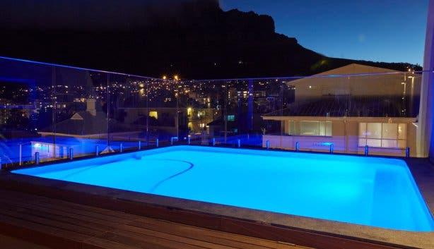 cloud 9 rooftop bar at night 1