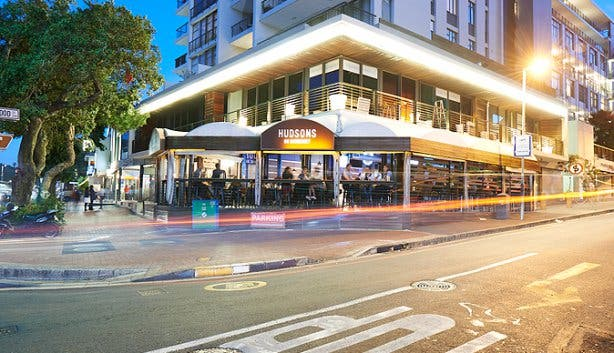 hudsons burger joint somerset road outside