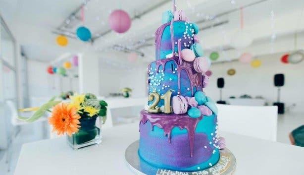 Tessa's bakery cake occasion novelty 2017