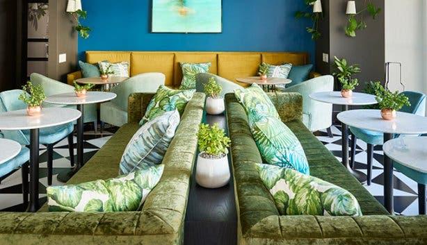 Radisson Blu CBD Lounge