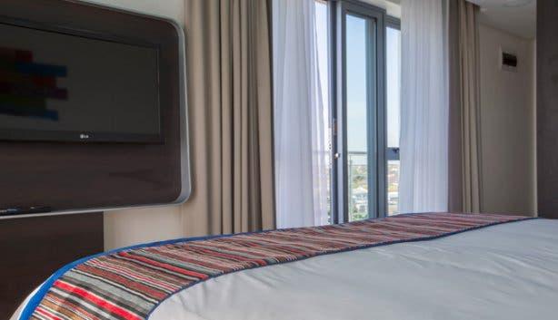 Park Inn Newlands Cape Town Hotel Room TV