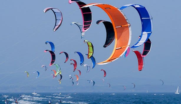 Kitesurfing in Cape Town