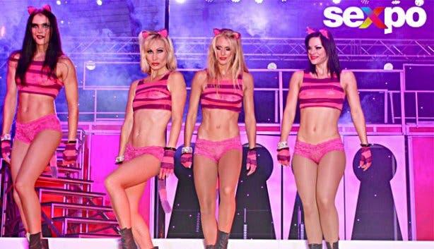 Sexpo 2013 dancers