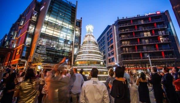 golden_tree_lighting_ceremony