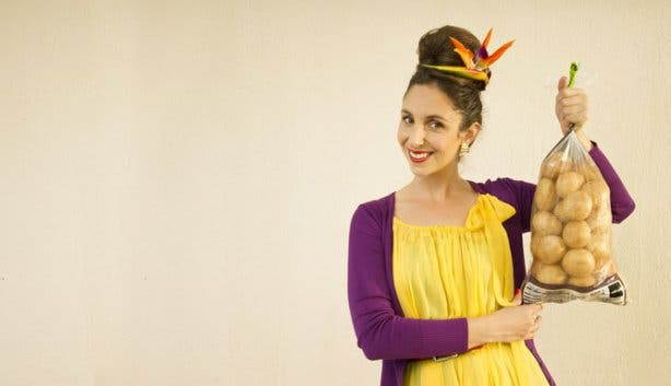 10 Questions For Suzelle DIY YouTube Vlogger