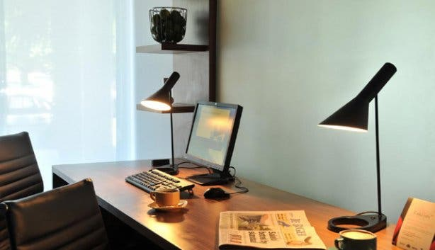 Business desk in rooms at Park Inn Foreshore