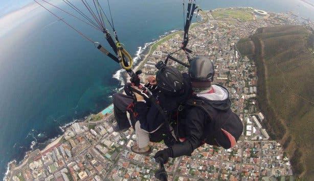 Para-Taxi Paragliding
