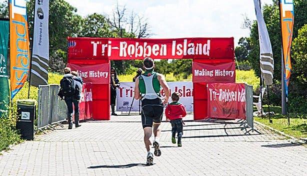 TriRock-Robben Island Triathlon 03