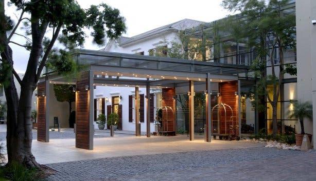 Vineyard Hotel Plays 3