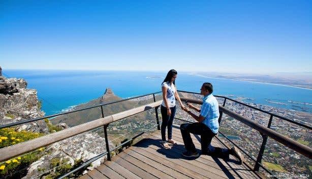 Aanzoek op de Tafelberg Kaapstad
