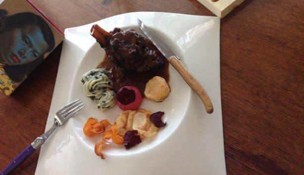 4Roomed eKasi Culture Food Truck Meal