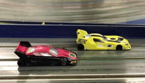 race_world_slot_car_racing