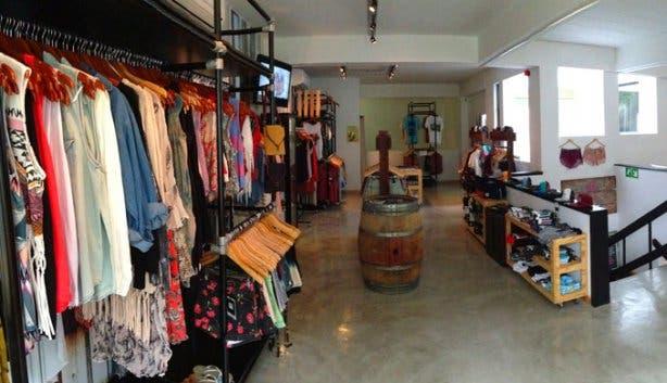 Latitude 33 Australian Clothes & Brands