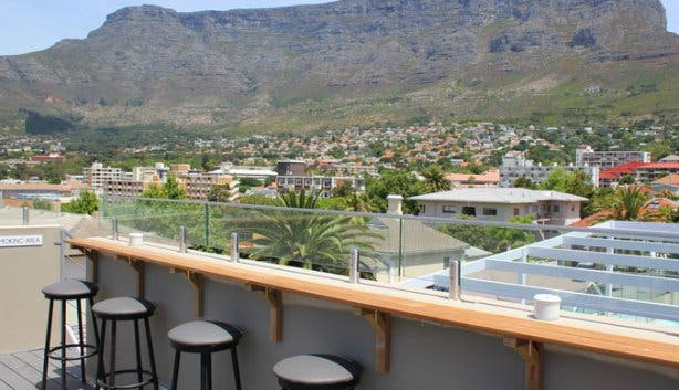 cloud 9 rooftop bar table mountain 2