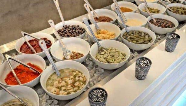 Mezepoli meze dishes