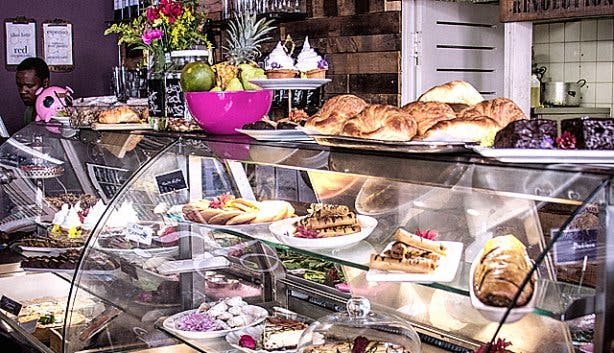 RCaffe Restaurant Long Street Pastries