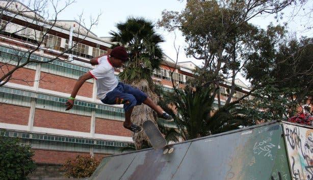 Skate-Aid Skater