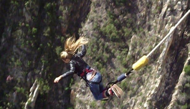 Marijn bunji jump