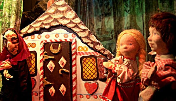 Rainbow Puppet theatre hansel and gretel