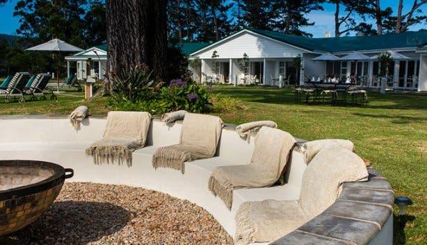 Benguela Lakeside Lodge Boma