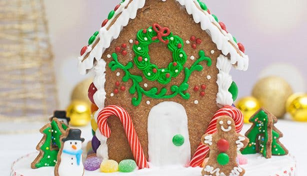 Gingerbread Houses - Tessa's - 3