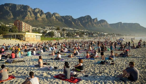 yoga clifton beach kaapstad cape town