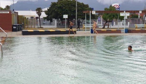 Public_pools_hanover_park