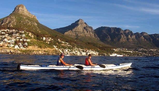 sea kayaking 12 apostles
