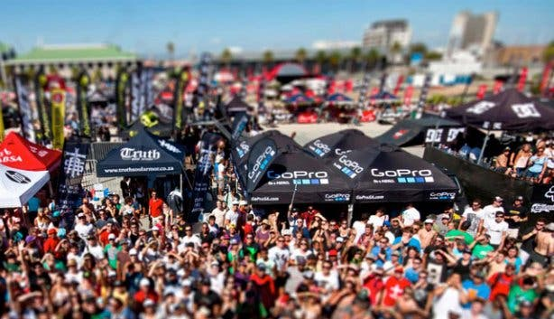Crowds Ultimate X
