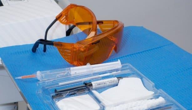 Zoom Whitening_teeth whitening_kit