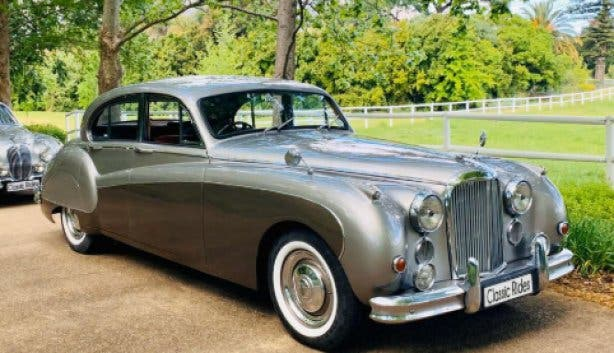 Classic-rides-vintage-car2